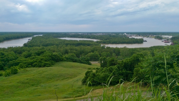 Vicksburg+high+bluff+overlooking+riverways+922x521
