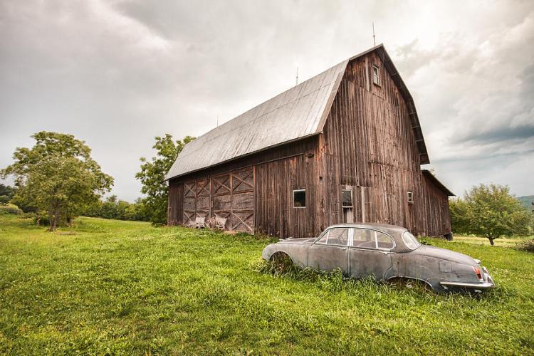 rustic-art-old-car-and-barn-gary-heller